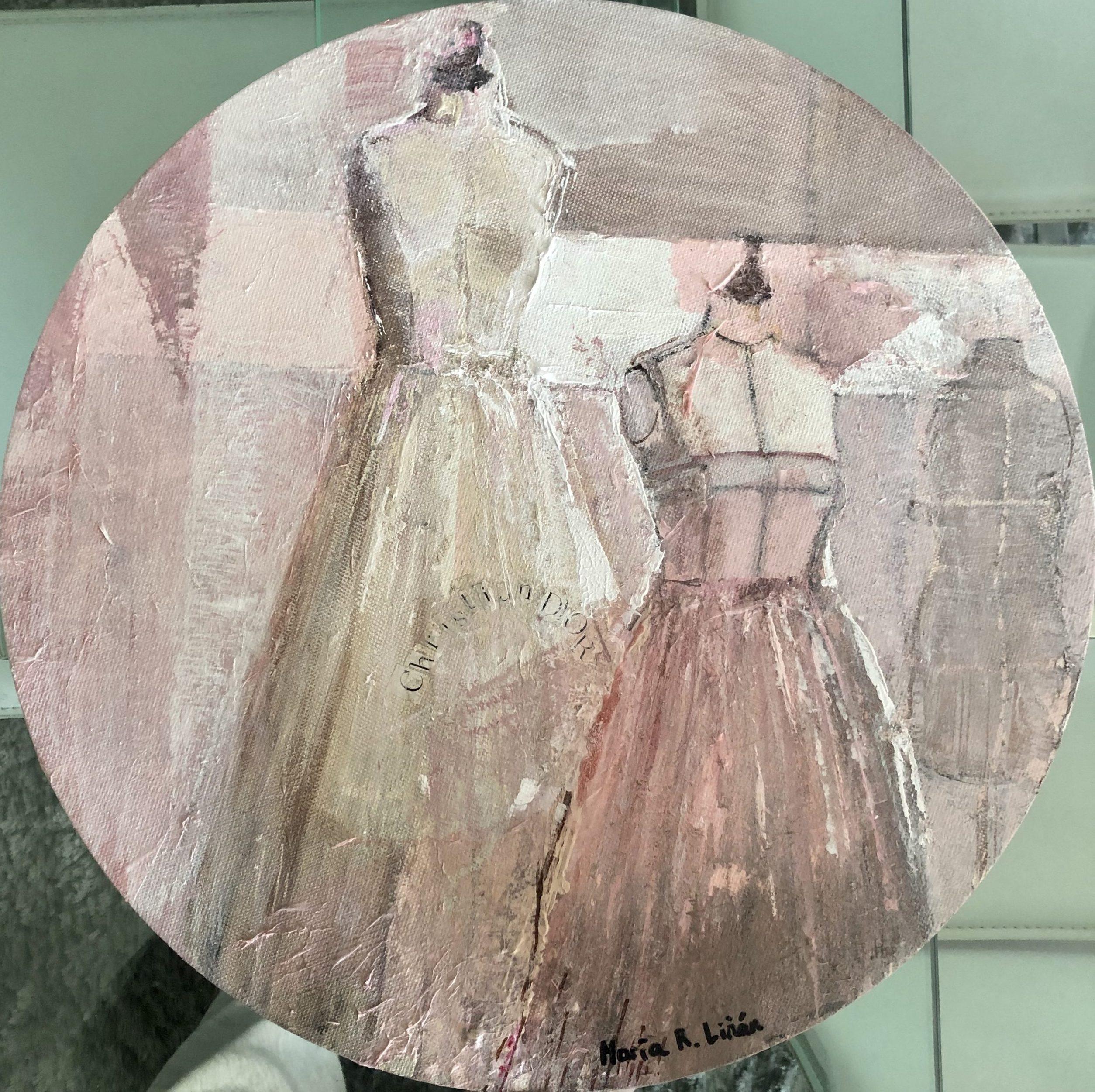 cuadro redondo rosa moda maniqui